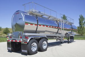 7000 Gal General Purpose Tank Trailer Rear Sans Tractor